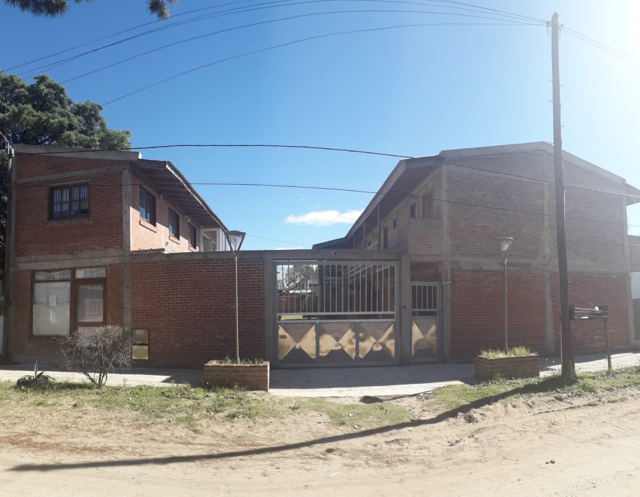 Venta de complejo de deptos en Las Toninas