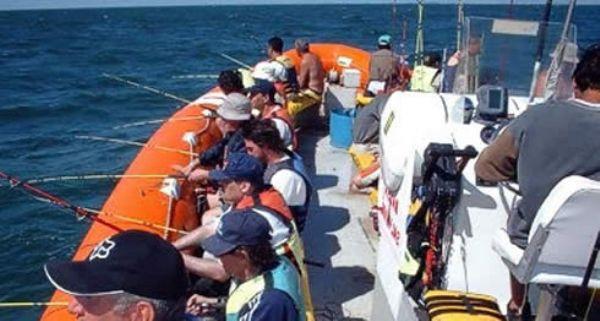 Pesca embarcada y paseos náuticos