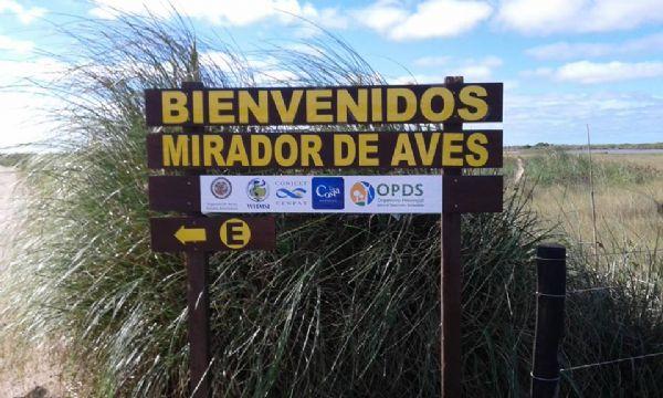 Refugio para avistaje de aves en Punta Rasa