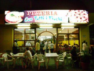 Pizzeria Con Tutti Fiochi