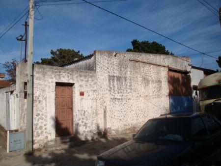 Ver detalles de Casa y galpón: 53 nº 364